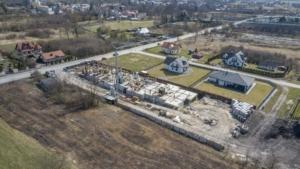 Zdjęcia z budowy z 9.04.2021, nowe mieszkania, Busko-Zdrój ul. Młyńska (zdj. 4)