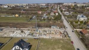 Zdjęcia z budowy z 9.04.2021, nowe mieszkania, Busko-Zdrój ul. Młyńska (zdj. 8)